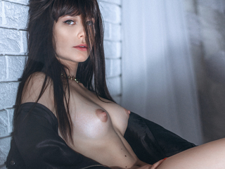 Webcam model Millenaxx from Web Night Cam
