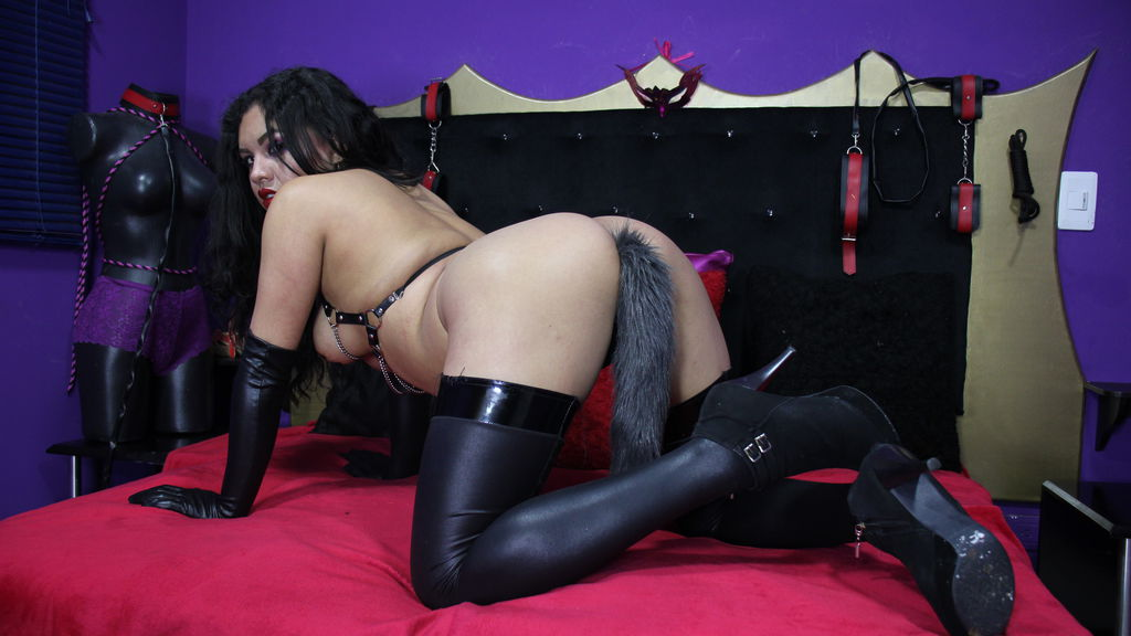 Watch the sexy DIRTYSLUTXANAL from LiveJasmin at GirlsOfJasmin