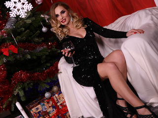 GoldenKristenTS: Live Cam Show