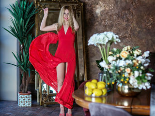 LauraVin Live XXX-i am very hot blonde