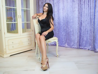 Webcam model MiaUAmour from Web Night Cam