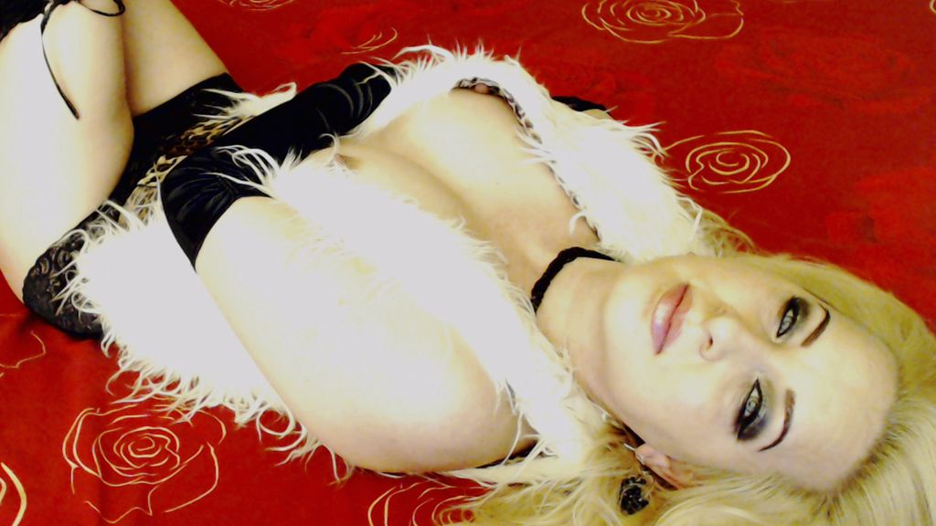 CandyJelena online at GirlsOfJasmin