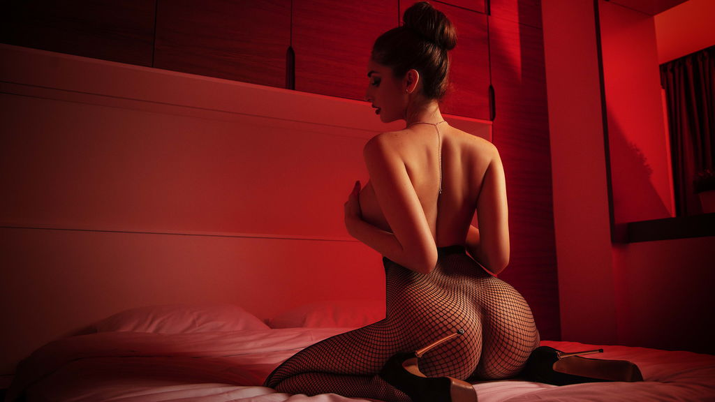 Watch the sexy EllieJean from LiveJasmin at GirlsOfJasmin