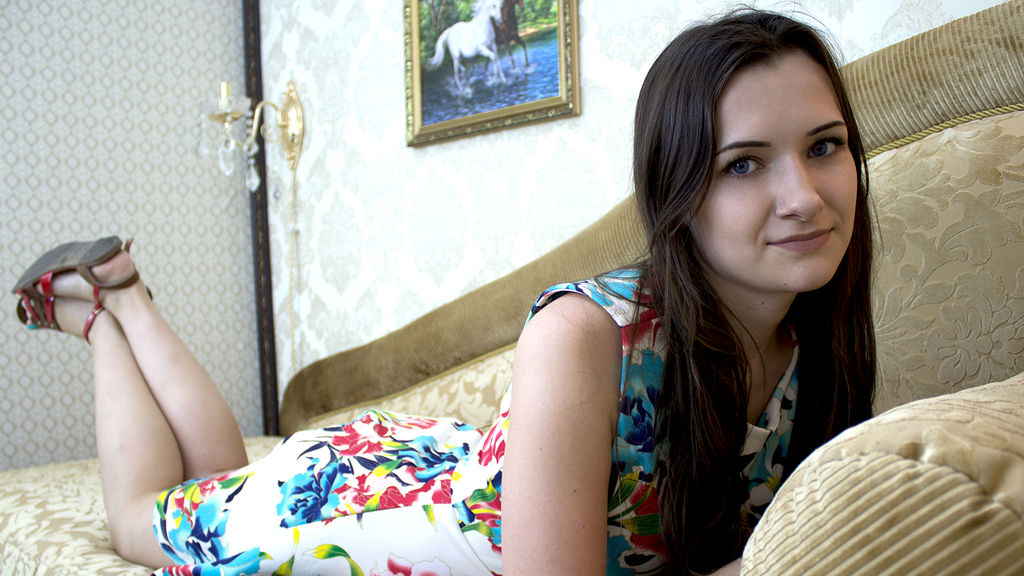 DafnaSpase online at GirlsOfJasmin