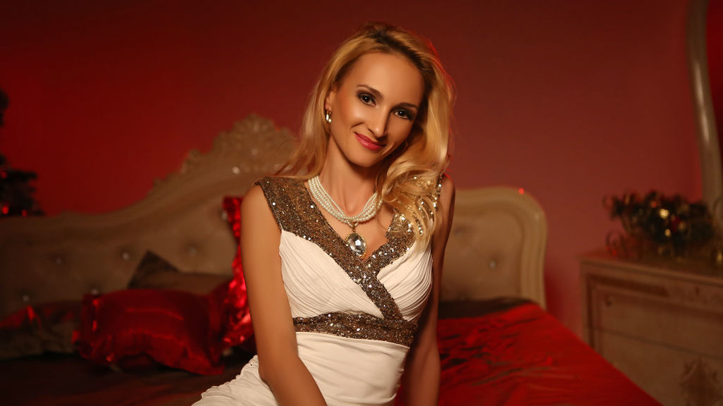 Watch the sexy InTheMoodForYou from LiveJasmin at GirlsOfJasmin