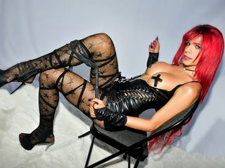 tranny chat model YizzelRED