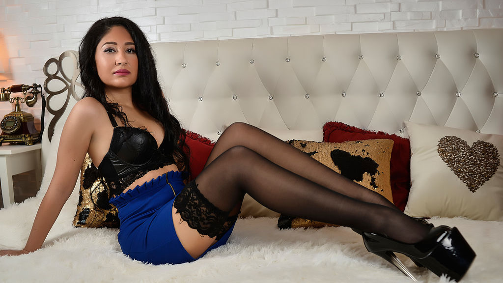 Watch the sexy AyeshaPierces from LiveJasmin at GirlsOfJasmin