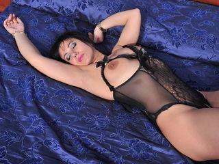 Horny sexygr33neyez01