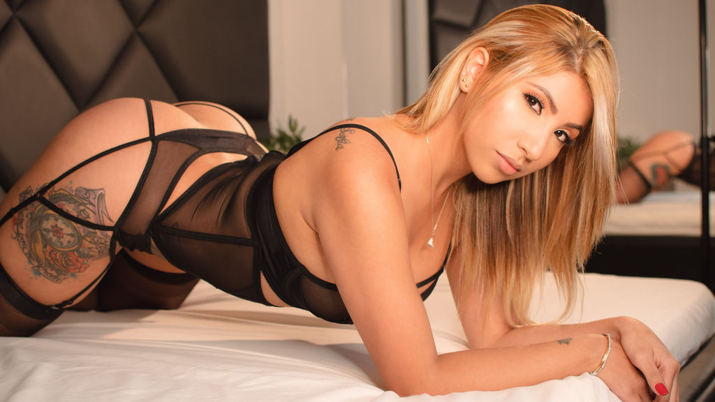 SamanthaaMiller online at GirlsOfJasmin