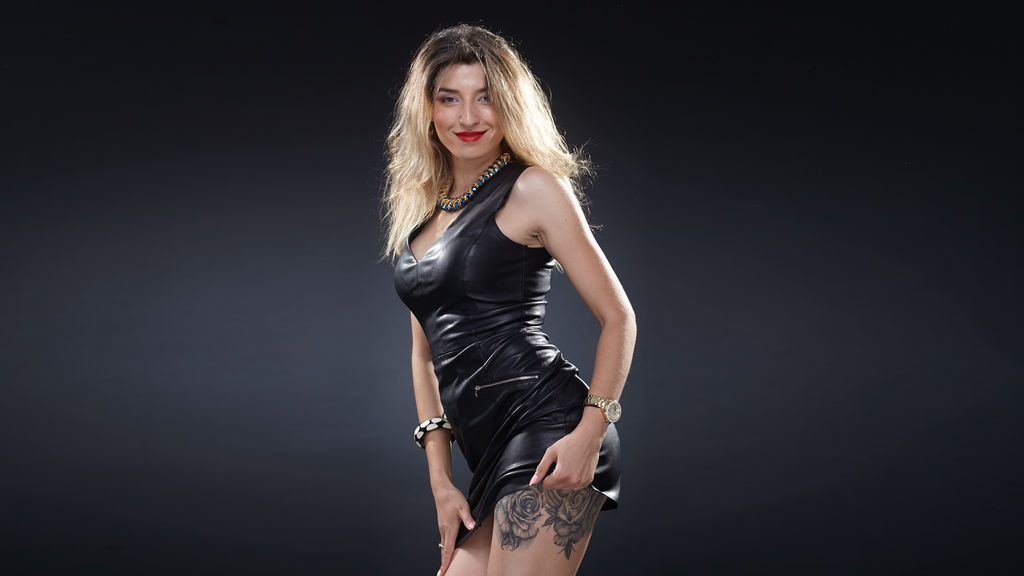 Watch the sexy KittieLilly from LiveJasmin at GirlsOfJasmin