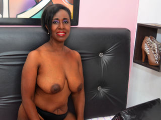 Webcam model THEACHMATUREXX from Web Night Cam
