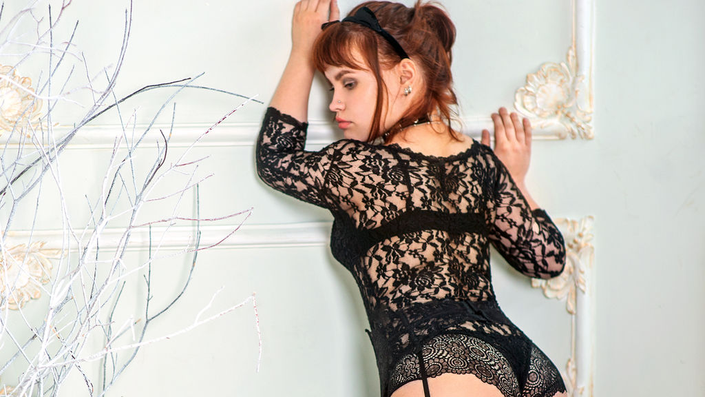 Watch the sexy Lisettelle from LiveJasmin at GirlsOfJasmin