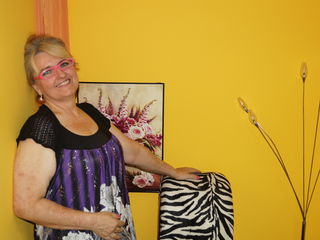 VIVO.webcam AnnabelLovely (53) MILF with big breasts