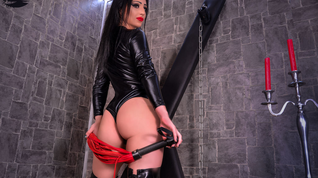 Watch the sexy MistressPerla from LiveJasmin at GirlsOfJasmin